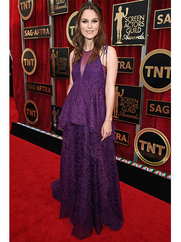Keira Knightley pregnant SAG Awards red carpet