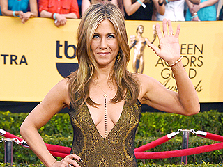 See the Most Stunning Red Carpet Arrivals from the SAG Awards
