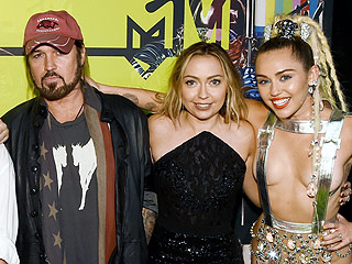 Proud Papa! Billy Ray Cyrus Live-Tweets MTV VMAs as Daughter Miley Hosts