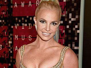 Britney Spears Tweets About New Album, Potential World Tour in Fun Q&A