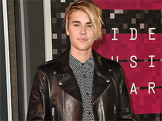 VIDEO: Is Justin Bieber Sparking a Feud with One Direction? Watch This Snapchat to Decide