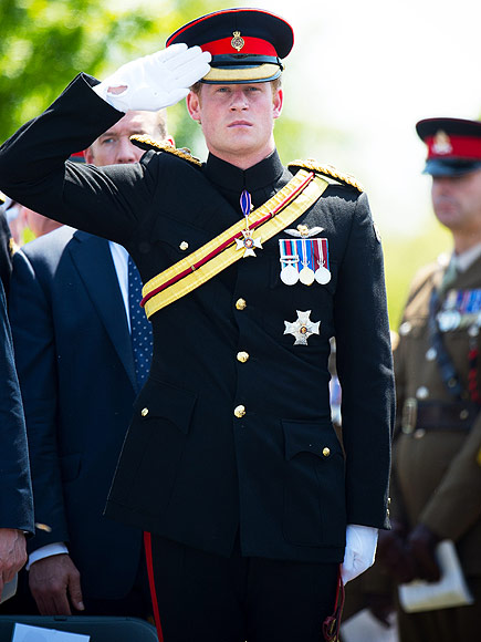 Trooping The Colour Uniforms And Medals Meanings People Com