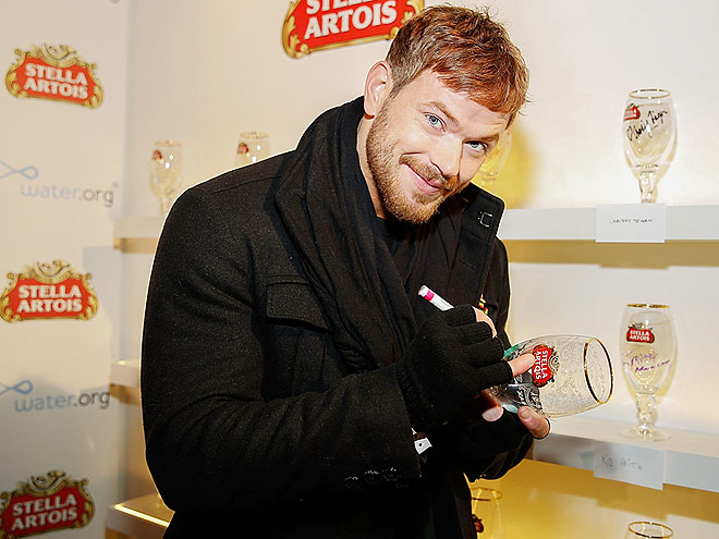 A 'STELLA' AFFAIR photo | Kellan Lutz