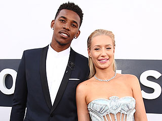 See Iggy Azalea's Mega-Carat Christmas Gift from Boyfriend Nick Young (PHOTO)