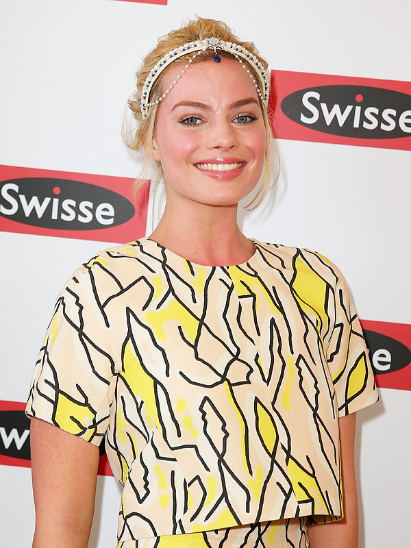Margot Robbie headband