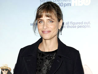 Amanda Peet on Nude Scenes Over 40: 'You Swallow Your Pride' | Amanda Peet