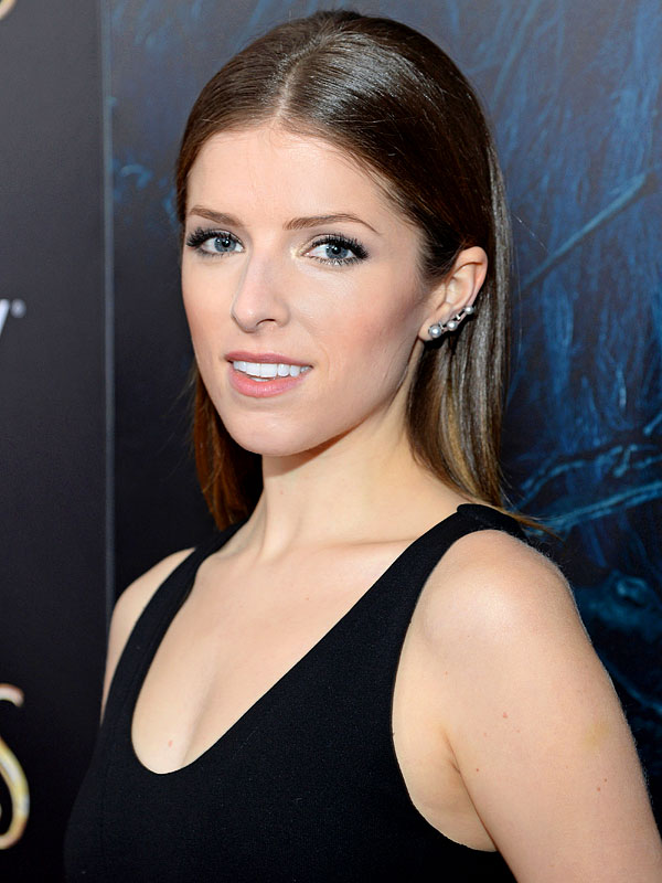 Anna Kendrick beauty routine