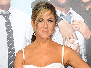 Jennifer Aniston: It Took Me a While to Get Used to My Huge Engagement Ring – It's Not My Style! | Jennifer Aniston