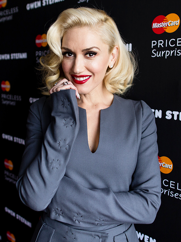 Gwen Stefani lipstick