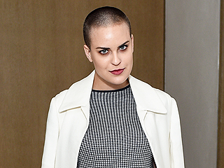 Demi Moore Uses Her Buzz-Cut Skills to Shave Daughter Tallulah Willis's Head