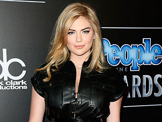 Kate Upton's Latest Topless Moment Is Very Marilyn Monroe (PHOTO)