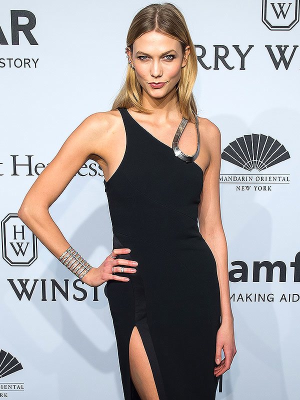 Model Karlie Kloss attends the 2015 amfAR New York