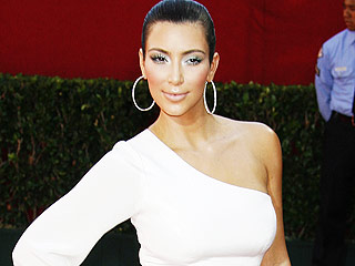 Kim Kardashian Guest-Edits PEOPLE's Beauty Section This Week! Get a Preview (There's a Lot to Learn)