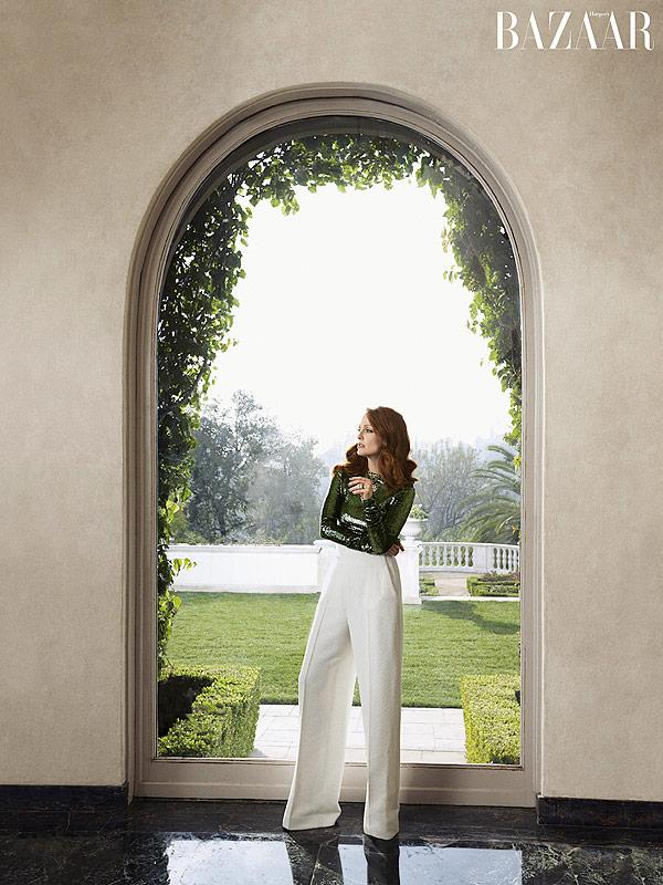 Julianne Moore Harper's Bazaar 2015
