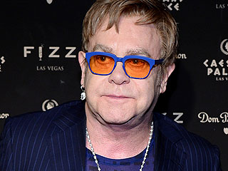 Elton John Carries Dolce & Gabbana Bag 3 Days After Calling for a Boycott