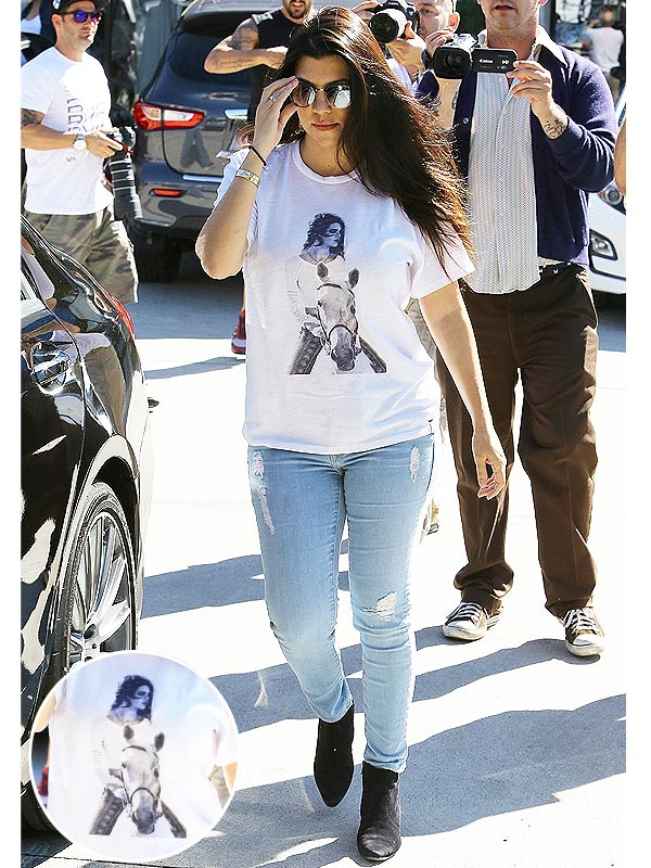 Kourtney Kardashian Kendall Jenner shirt