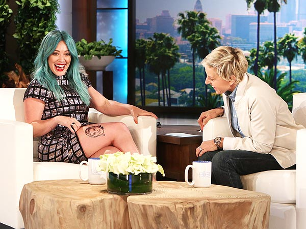 Hilary Duff green hair