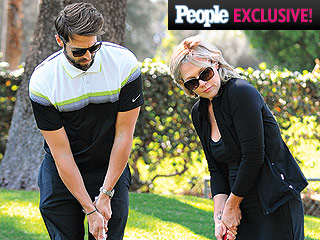 Jennie Garth's Engagement Ring: A Closer Look at Her Unique Black Diamond