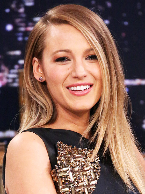 http://img2.timeinc.net/people/i/2015/stylewatch/blog/150511/blake-lively-600x800.jpg