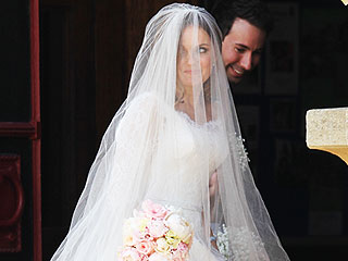 All the Details on Geri Halliwell's 'Very English' Wedding Gown – Straight from the Designer!