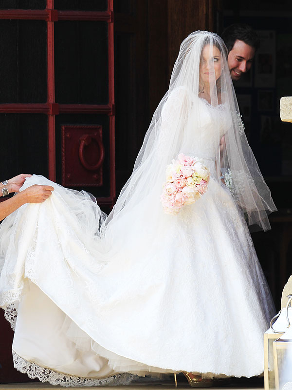 Geri Halliwell wedding dress photos