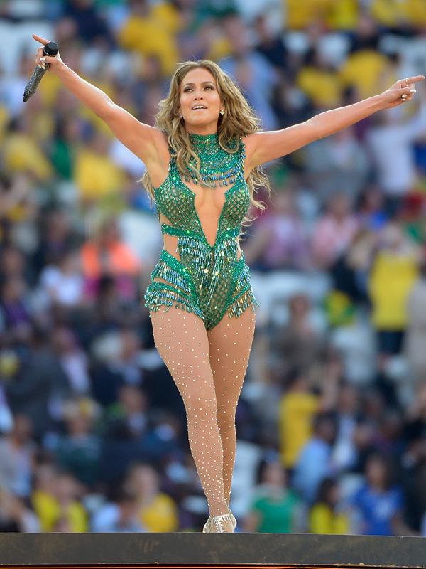 Jennifer Lopez stage style