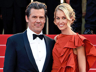 See Josh Brolin's Fiancée Kathryn Boyd's Gorgeous Engagement Ring (PHOTO)