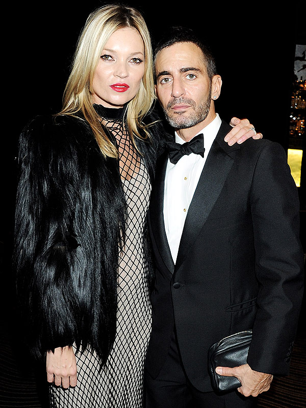 Kate Moss (L) and designer Marc Jacobs