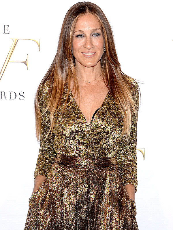 Sarah Jessica Parker Adds 'Jean Queen' to Her Résumé, Is the New ...