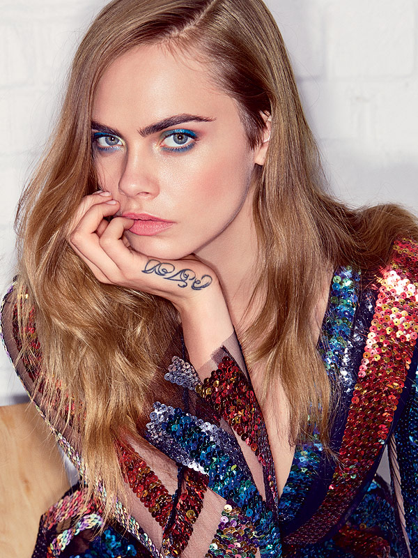 Cara Delevingne Vogue July isuse
