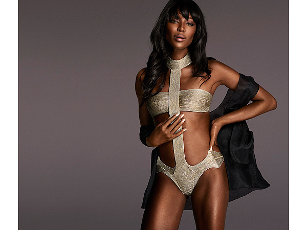 Naomi Campbell in La Perl