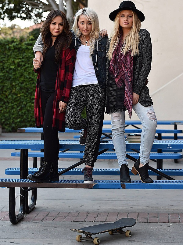 Mudd campaign and BTS photos of Noah Cyrus, Stella Hudgens, Alli Simpson