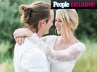 Tyler Hubbard on His Wedding Day Man Bun: I Asked Hayley's Permission First