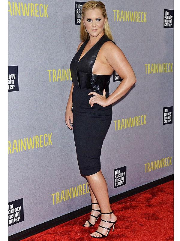 Amy Schumer Trainwreck premieres