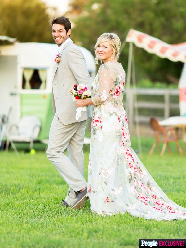 Jennie Garth's Wedding Dress