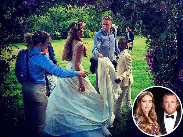 Jacqui Ainsley wedding dress