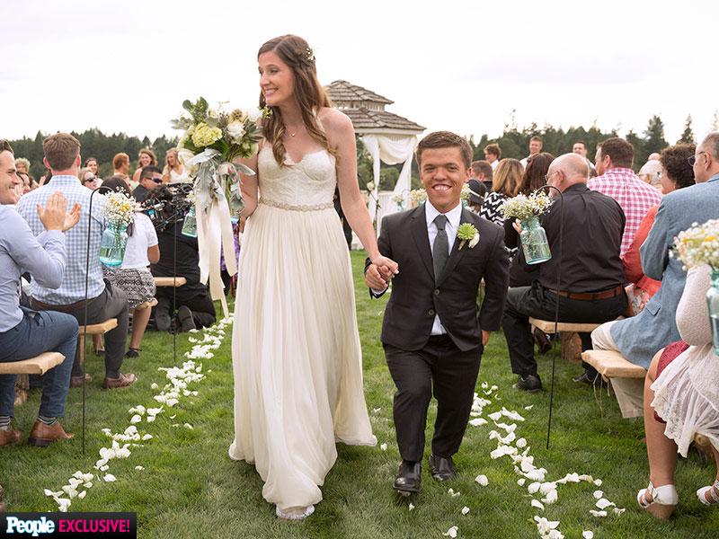Little People World Star Zach Roloff Marries Tori Patton