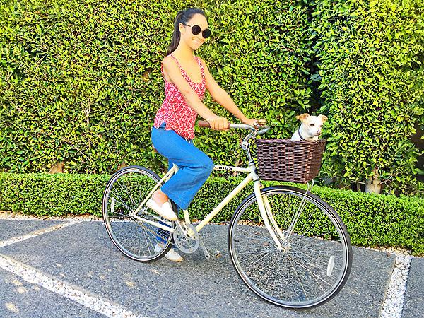 Cara Santana bike