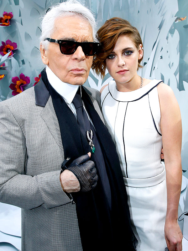 PARIS, FRANCE - JANUARY 27: Kristen Stewart with Karl Lagerfeld