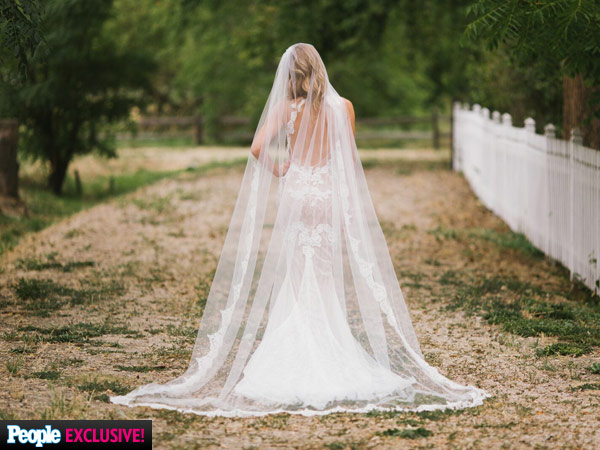 Amy Purdy Wedding Dress