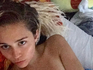 Miley Cyrus' VMAs Hair Is Still Intact: Here's the Topless Selfie to Prove It