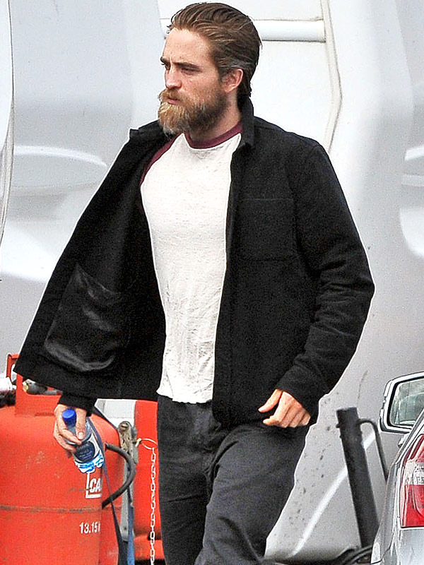 Robert Pattinson Beard