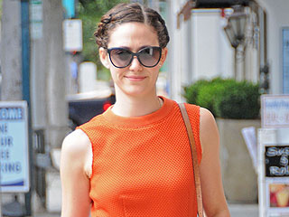 See Emmy Rossum's Classic, Elegant and (Oh Yeah) Huge Engagement Ring Now!