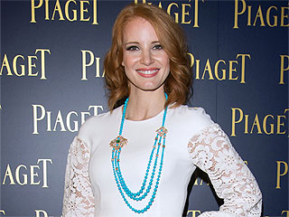 Jessica Chastain Gets a Chic New Bob, Brings it to Fashion Week