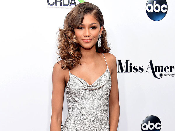 Zendaya attends the 2016 Miss America Competition