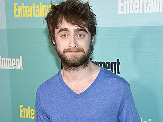 Daniel Radcliffe Debuts Dramatic Shaved Head (and We Don't Know How to Feel)