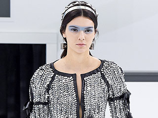 Kendall Jenner Achieves Liftoff at Airport-Themed Chanel Show (and Anna Wintour Grounds a Pesky 'Prankster')