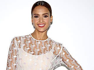 Jessica Alba Reveals the Best Beauty Compliment Cash Ever Gave Her