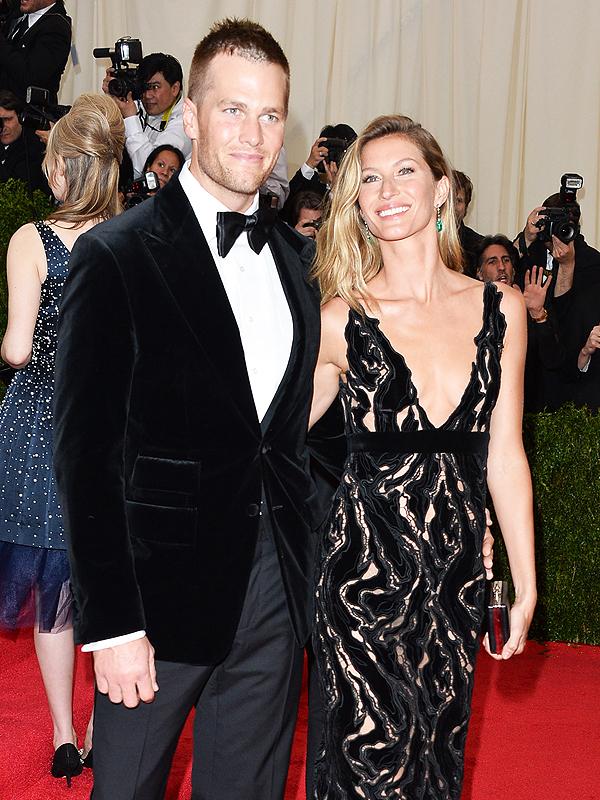 Gisele Bundchen and Tom Brady width=