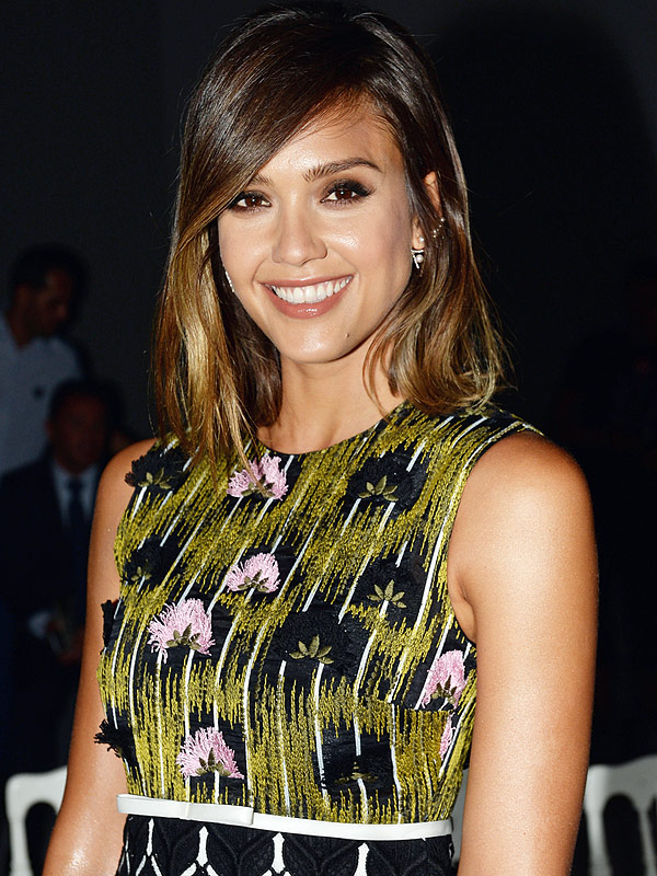 Jessica Alba Honest Beauty video campaign